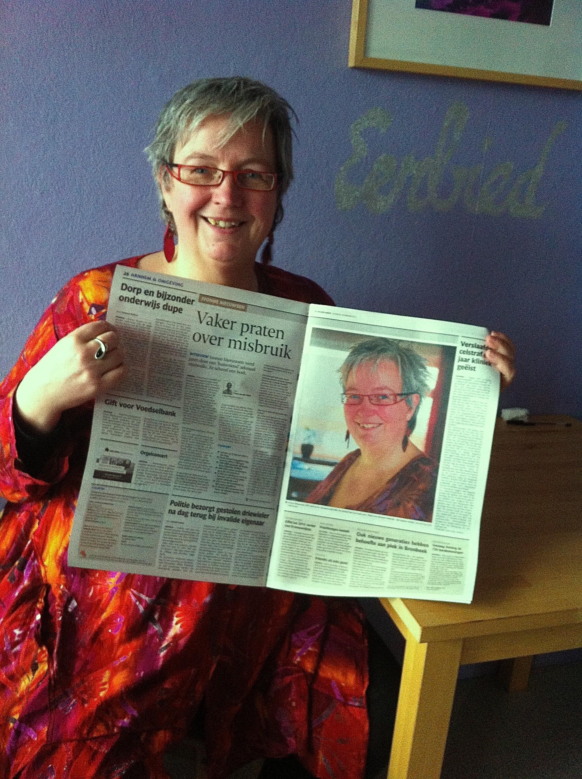 Artikel in de Gelderlander over 'Helen van seksueel misbruik. Het trauma voorbij.'