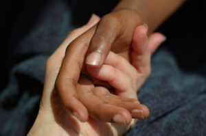 Shantala aanraking van handen